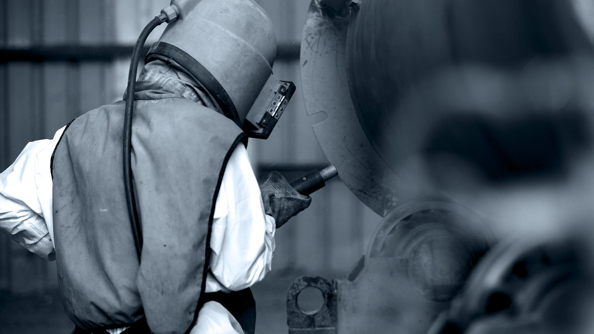 KF Strahltechnik Dresden | Strahlservice Strahler Werkstück